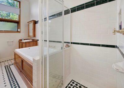 bayside area bathroom renovations, house renovation companies melbourne